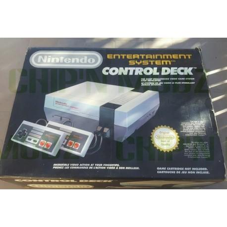 Nintendo NES + 2 manettes - Occasion - Complète (boite+notice)