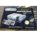 Nintendo NES + 2 manettes - Occasion, Dézonnée - Complète (boite+notice)