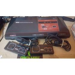 Mastersystem (PAL) + jeu Alex Kidd intégré + 2 manettes + 4 jeux - Sans boite ni notice