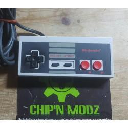 Manette officielle NES (Nintendo Entertainement system)